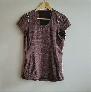 | lululemon | short sleeve top